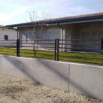 posa ultimata recinzione in tubolare, il tutto zincato e verniciato