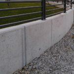 particolare recinzione in andamento, il tutto zincato e verniciato